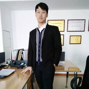 张隆企律师