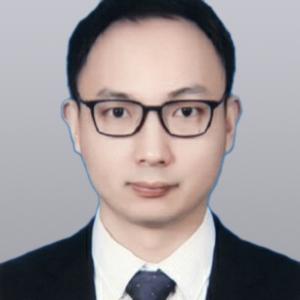 何旭辉律师
