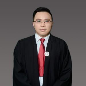 尹威振律师