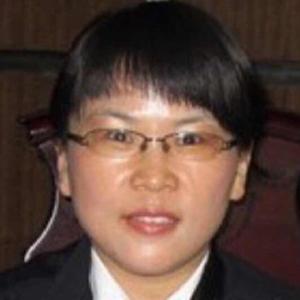 华微茸律师